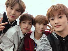 jungwoo,taeil,renjun and mark Nct 127, Winwin, Taeyong, Jaehyun, Close Up, Nct Taeil, Johnny Seo, Fandom, Jung Woo