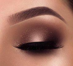 eye makeup for brown eyes . eye makeup for blue eyes . eye makeup tips . eye makeup for green eyes Smoke Eye Makeup, Makeup Eye Looks, Beautiful Eye Makeup, Eye Makeup Tips, Eye Makeup Art, Makeup Inspo, Eyeshadow Makeup, Makeup Ideas, Makeup Style