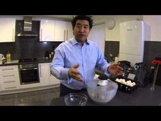 ▶ Oxo Salad spinner review - YouTube Salad Spinner, Household Items, Youtube, Youtubers, Youtube Movies