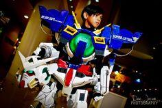Gundam Cosplay: Gundam Exia - Cosplay by 11 Years Old Boy Cosplay Ideas, Costume Ideas, Cosplay Costumes, Halloween Costumes, Gundam Exia, Foam Armor, Iron Man Art, Clothes Crafts, Mobile Suit
