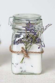 practical diy lavender wedding favor ideas