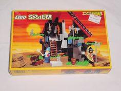 Lego Majisto's Magical Workshop 6048 LEGO http://www.amazon.com/dp/B002HIEWWA/ref=cm_sw_r_pi_dp_2P5eub0MV1827