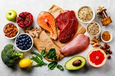 Balanced diet Organic Healthy food Clean eating selection Including Certain Protein Prevents Cancer stock photo Gm Diet, Paleo Diet, Real Food Recipes, Diet Recipes, Healthy Recipes, Healthy Snacks, Healthy Eating, Troubles Digestifs, Menu Dieta