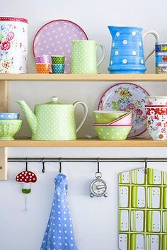 -The Yellow Buttercup-: Lovely Monday: Inspiring Kitchens