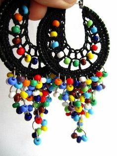 Lolita Crocheted hoops with beads por BohemianHooksJewelry en Etsy Arrow Earrings, Beaded Earrings, Beaded Jewelry, Crochet Earrings, Handmade Jewelry, Quilling Earrings, Chandelier Earrings, Hoop Earrings, Jewellery
