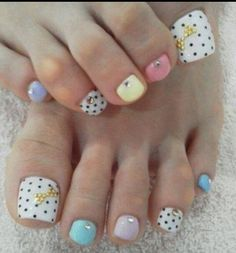 DOTS BOWS WITH STONES AND PRETTY COLORS