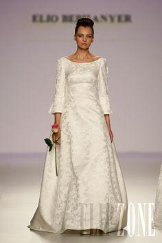 Elio Berhanyer - Bridal - 2010 Collection - http://www.flip-zone.net/fashion/bridal/couture/elio-berhanyer-1303