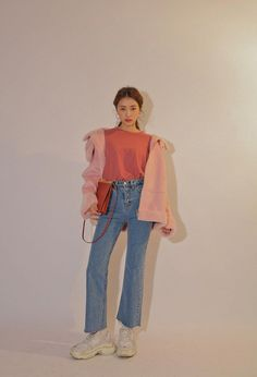 Korean fashions that are stylish in essence this is a totally fresh videy outfit 💗💙 Tokyo Fashion, Korea Fashion, Harajuku Fashion, Asian Fashion, Daily Fashion, Girl Fashion, Fashion Outfits, India Fashion, Aesthetic Fashion