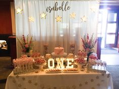 Twinkle twinkle little star dolsang set up dessert table head table
