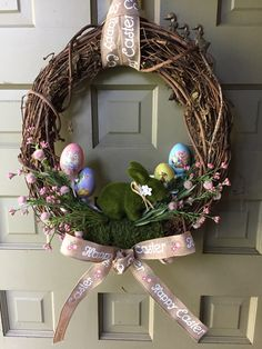Wreath Crafts, Diy Wreath, Cheap Wreaths, Easter Egg Designs, Wedding Wreaths, Christmas Wreaths, Easter Wreaths Diy, Spring Crafts, Xmas Decorations