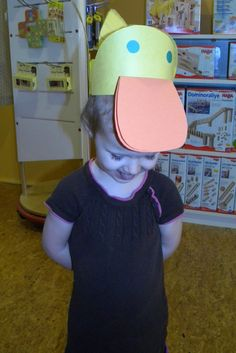 children can make duck hats Small Group