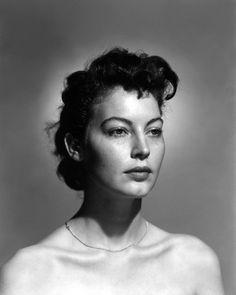 Ava Gardner without make-up, 1940s