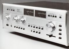 Accuphase E-303 (July 1978)