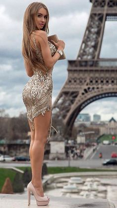 Tight Dresses, Sexy Dresses, Nice Dresses, Beautiful Legs, Gorgeous Women, Looks Pinterest, Sexy Legs And Heels, Elegantes Outfit, Hot Outfits