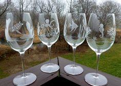 Etched Wine Glasses -  Ocean Animals, Turtle, Angelfish, Octopus, Sea Horse, Deep Sea Scenes - Set of 4