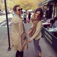 Karlie Kloss et Andreea Diaconu à New York http://www.vogue.fr/mode/mannequins/diaporama/la-semaine-des-tops-sur-instagram-26/18611/image/997795#!toni-garrn-karlie-kloss-et-andreea-diaconu-a-new-york