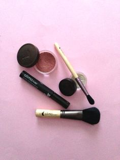 Alima Pure Makeup Set from Beauty Lounge Organic Makeup, Organic Beauty, Natural Beauty, Makeup Set, Hair Makeup, Alima Pure, Albion Fit, Beauty Products