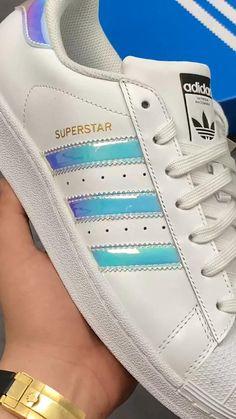 Adidas Fashion, Sneakers Fashion, Fashion Shoes, Mens Fashion, Adidas Casual Shoes, Adidas Shoes Women, Men's Shoes, Shoes Sneakers, Sneakers Adidas
