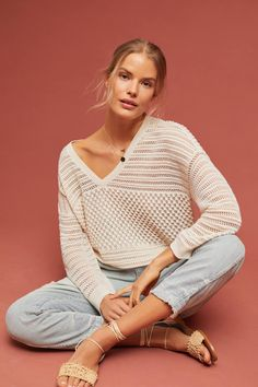Sunday in Brooklyn Jaden Pointelle Pullover Pull Marron, Style Blanc, Asymmetrical Sweater, White Knit Sweater, How To Purl Knit, Sweater Knitting Patterns, Casual Look, Striped Knit, Pulls
