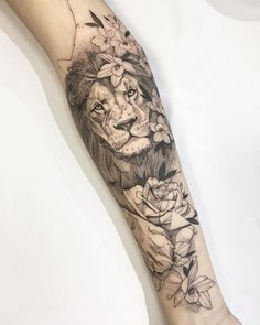 Awesome Sleeve Tattoos For Women Which You Will In Love With; Sleeve Tattoos For Women; Lion Sleeve, Lion Tattoo Sleeves, Best Sleeve Tattoos, Sleeve Tattoos For Women, Animal Sleeve Tattoo, Lion Arm Tattoo, Lion Flowers Tattoo, Tattoo Animal, Lion Tattoo King