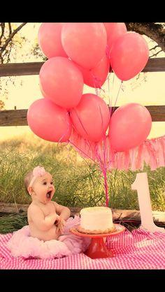 One year photo! Cake smash! Like the blanket idea