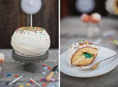 pinata-cake-with-cut