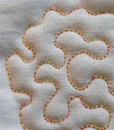 Geta's Quilting Studio: Free Motion Quilting Tutorial by aftr Quilting For Beginners, Quilting Tips, Quilting Tutorials, Beginner Quilting, Longarm Quilting, Free Motion Embroidery, Free Motion Quilting, Machine Quilting Patterns, Quilt Patterns