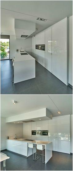Moderne keuken wit hoogglans van KW keukens