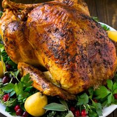 Herb Roasted Turkey - Dinner at the Zoo baked turkey recipes for thanksgiving Oven Baked Turkey Recipe, Roast Turkey Recipes, Chicken Recipes, Thanksgiving Turkey, Thanksgiving Recipes, Christmas Turkey, Christmas Cakes, Merry Christmas, Healthy Christmas Recipes