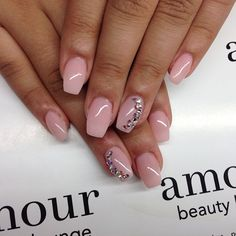 gorgeous nail shape