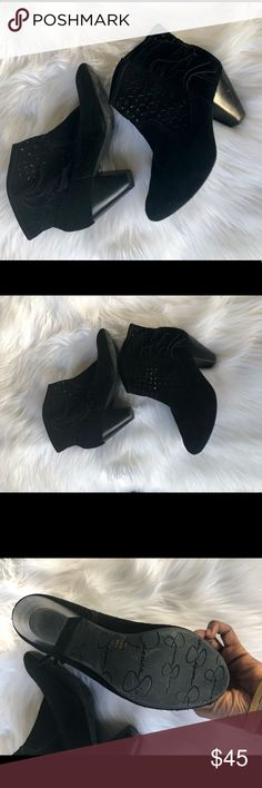 Jessica Simpson boots Jessica Simpson black ankle booties with cage style design Jessica Simpson Shoes Ankle Boots & Booties