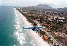 Vista aérea de Playa El Agua. Margarita, 24-01-2008, (ALEXNYS VIVAS / EL NACIONAL)