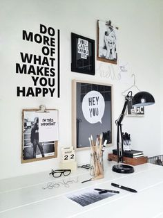 This is a very minimalistic home office design. I love the wall decorations. Theyre simple and fun. Dream Home Office Decor: fun and minimalistic wall decoration ideas. - The Best of Diy Ideas Workspace Inspiration, Decoration Inspiration, Room Inspiration, Interior Inspiration, Moodboard Inspiration, Design Inspiration, Office Workspace, Office Decor, Office Ideas