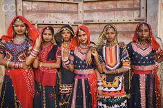 Women in traditional Rajasthani costume, Pushkar, Ajmer, Rajasthan, India