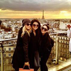 """Bonjour Paris. Spring break is here ;)!"""