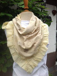 Boho,écharpe foulard éco teinte,carré à volants,motifs éco-impressions,handmade de la boutique LNVE sur Etsy
