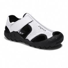 Fashion Trends For Toddlers  AffordableKidsShoes  KidsDressesForWeddings  Moda Fotografia Per Bambini 3291fb0eab4a