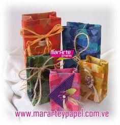 Envoltorios de regalo con tetrabrik reciclados. #recicling