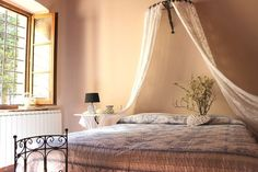 letto matrimoniale Hotel Airbnb, Bed, Room, Furniture, Home Decor, Ad Home, Bedroom, Decoration Home, Stream Bed