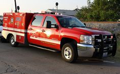 Houston Fire Department | Houston, Texas Fire Department Paramedic Squad 27 - Chevy/Frazer Bilt ...