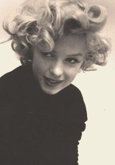 never have seen this pic of MM...