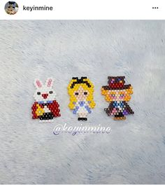 Alice in Wonderland Seed Bead Patterns, Beaded Jewelry Patterns, Peyote Patterns, Beading Patterns, Pony Bead Projects, Seed Bead Projects, Beading Projects, Chesire Cat, Brick Stitch Earrings
