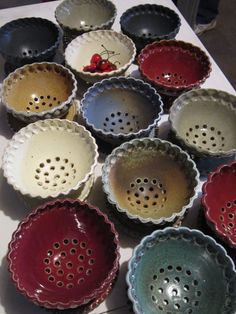 berry bowls by Gary Jackson : Fire When Ready Pottery