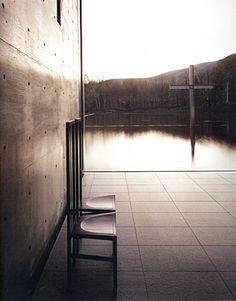 La cappella sull'acqua, Tomamu, Prefettura di Hokkaido, Giappone, 1988