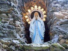 Cofrades de Viveiro: Novena en Honor a Nuestra Señora La Virgen de Lourdes en Viveiro...