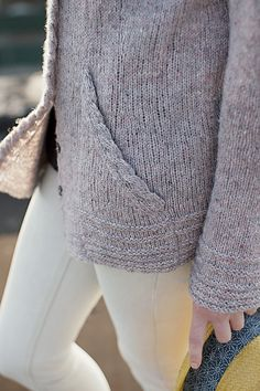 Nice subtle cable detail. Ravelry: Reine pattern by Alexis Winslow