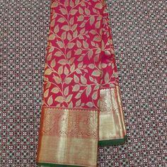 No photo description available. Kanjivaram Sarees Silk, Indian Silk Sarees, Soft Silk Sarees, Pattu Sarees Wedding, Wedding Silk Saree, Half Saree Designs, Pattu Saree Blouse Designs, Saree Draping Styles, Saree Styles