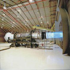 Pratt & Whitney in Jupter FL, jet engine testing :) Rocket Engine, Jet Engine, Diesel Engine, Turbine Engine, Gas Turbine, Aerospace Engineering, Aircraft Engine, Air Space, Military Aircraft