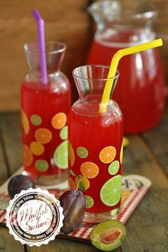 How to make Homemade Plum Juice (Plum Juice)? Your recipe is tricky . Summer Dessert Recipes, Healthy Summer Recipes, Healthy Drinks, Dessert Healthy, Easy Summer Meals, Easy Healthy Dinners, Plum Juice, Wie Macht Man, Prune