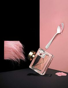 Surrealist Perfume Editorials - Paul Graves Elle France Series Depicts Scents in Trippy Settings (GALLERY)